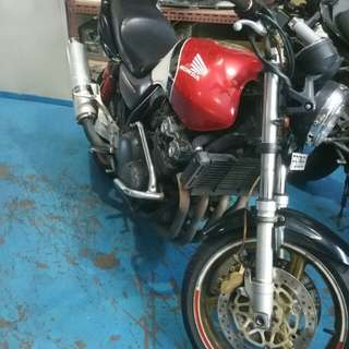 Honda cb400 for rent
