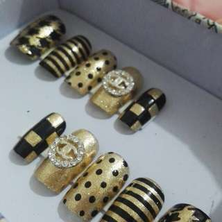 New Fake Nailart - black gold kuku palsu