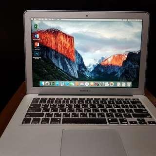 Apple MacBook Pro MC700ZA/A