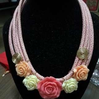 Women flowering necklace