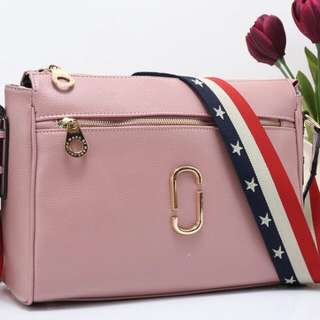 MARC JACOBS Crossbody 409