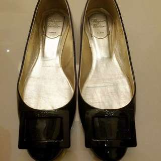 Roger Vivier Shoes RV Flats