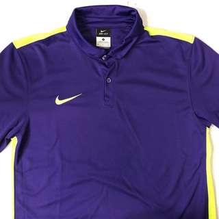 Nike紫色足球球衣