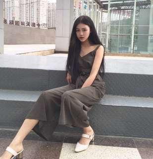 2018春裝新款時尚氣質高腰顯瘦系帶條紋百搭吊帶收腰闊腳連體褲潮