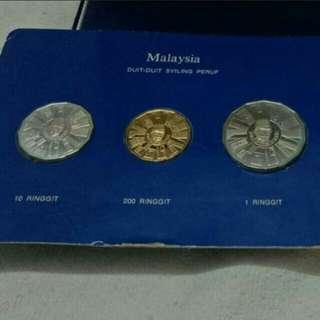 🔥🔥Rare Set !! Malaysia Commemorative Silver and Gold Coin