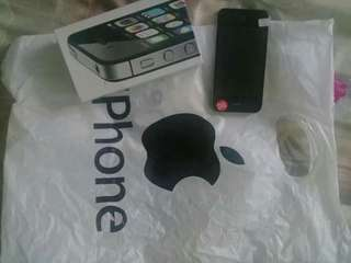FOR SALE: iPhone 4s