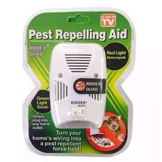 NEW!! Electromagnetic Sonic Riddex Quad Pest Repelling Aid With Night Light And Side Outlet