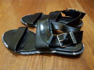 Charles an Keith Sandals