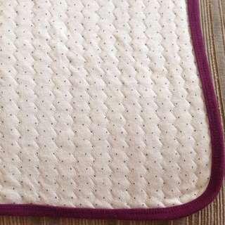 Square soft blanket (tiny polka dots print)