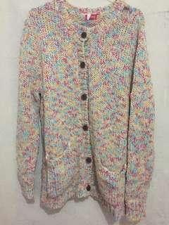 Sweter rajut Bandung like new sekali pake tp ada robek di atas bahu