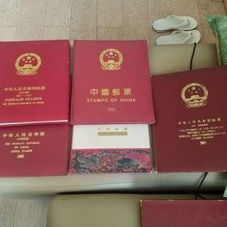 中國郵票收藏集 古董中國郵票5本,珍藏,保存好好,冇黃,1985至91x1.92x1,93x1,94x1,1985x1罕有