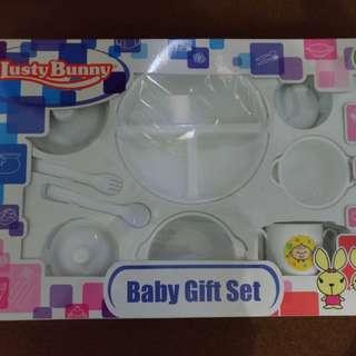 Lusty Bunny feeding set