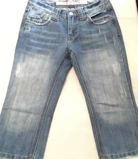 Charity Sale! T+bc Original Women Jeans Denim Capris Distressed Look Size 14inches waist