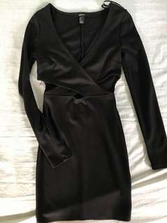 Long Sleeve Dress with Cuts
