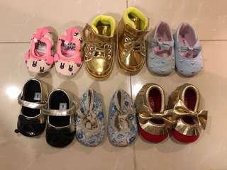 Baby girl (0-6 months) prewalkers