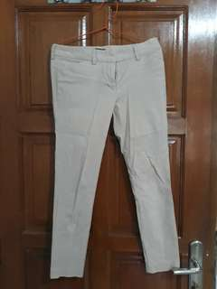 Celana The Executive size M