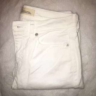 💢 White Jeans