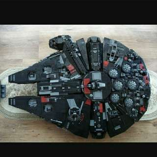 Lego Star Wars ucs Black Millennium Falcon