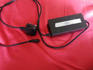 Escooter 48v2a Charger