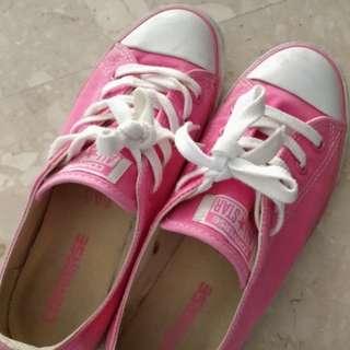 Kids pink UK4 Converse Sneakers