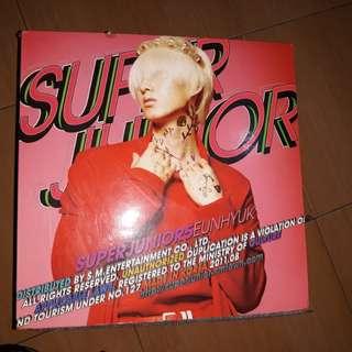 """Super Junior 5th Album """"Mr. Simple"""""""