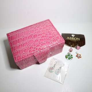 Jewelry Box with Accessories