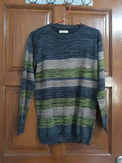 Sweater Rajut Klisse