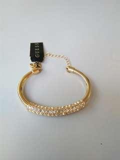 GUESS bracelet(gold color)