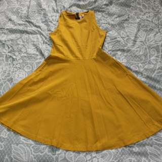 Mustard yellow sleeveless dress