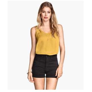 H&M Black High Waisted Cuffed Twill Shorts