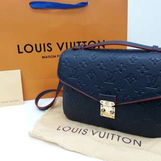 LV WOMEN SLING BAG/SHOULDER BAG