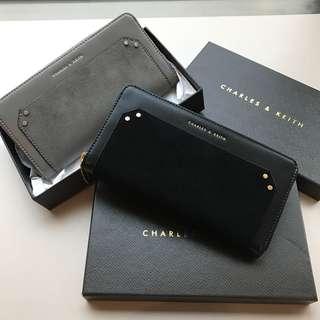 🚚 現貨 專櫃正品 Charles&Keith 新加坡小CK 設計感 鉚釘 麂皮拼接 拉鍊 長夾 錢包 零錢包  手拿包