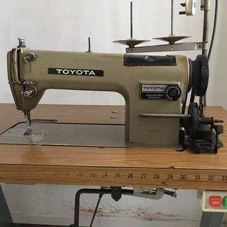 Motorised Sewing Machine