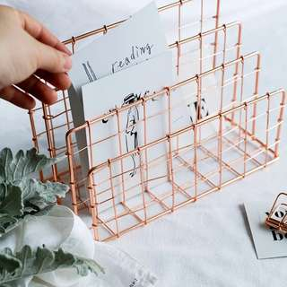 Instock Rose Gold Stationery / Cosmetic stand