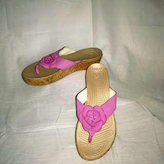 Crocs Flower Pink Design Women Sandals