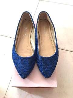 藍色平底鞋