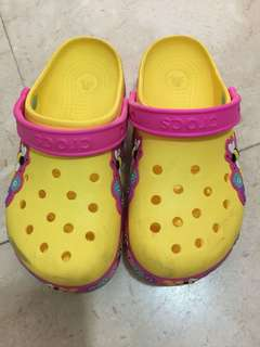 Crocs J3 size shoes for girl