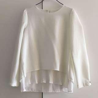 白色上衣 white top