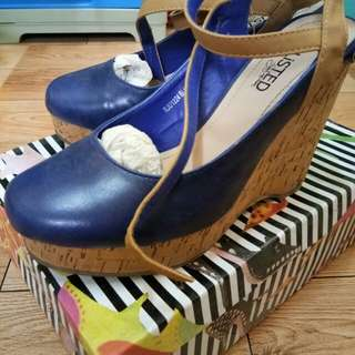 Unlisted Wedge shoes