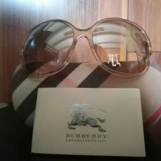 ORIGINAL Burberry Sunnies Sunglasses Shades orig price Php 8140
