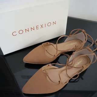 Connexcion Brown Flat Shoes