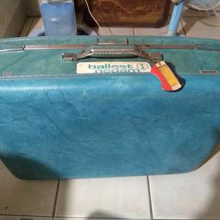 American tourister vintage luggage case