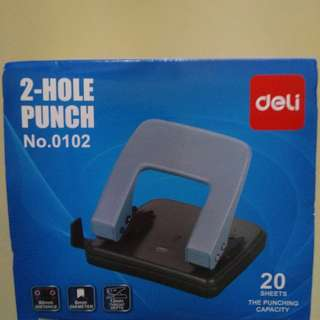BNIB 2-Hole punch puncher Deli blue