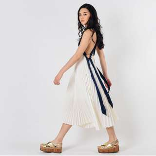 (PO) Candie Pleated Maxi Dress