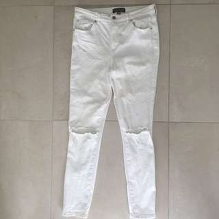 Size 12 Forever New ripped knee white jeans