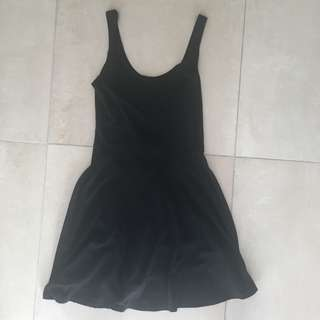 Size small black dress