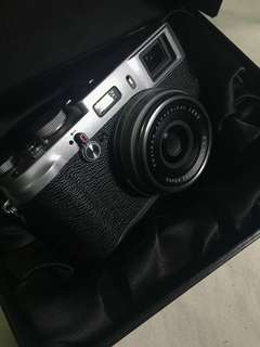 Fuji X100 Great condition, No issues