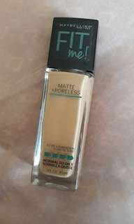Maybelline Fit Me Matte Poreless Foundation (228 soft tan)