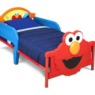 Elmo Toddler Bed in Excellent Condition