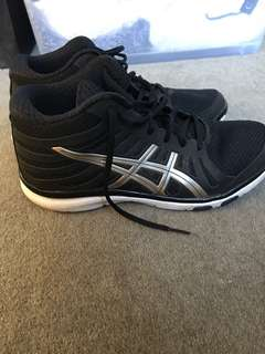 ASICS gel runners joggers sneakers black and gold